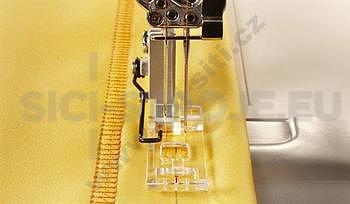 Příslušenství Pfaff - Průhledná patka pro prádlový steh - coverlocky Pfaff